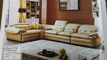 LOUNGE SUITE SOFA SET WITH BUILT IN SPEAKERS. 773