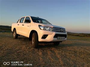 2016 Toyota Hilux 2.4GD 6 double cab 4x4 SR