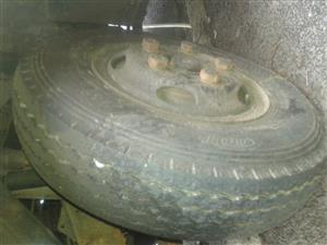 Rims and tyres for Toyota Dyna with 5 holes for sale R 1000 last price not negotiable