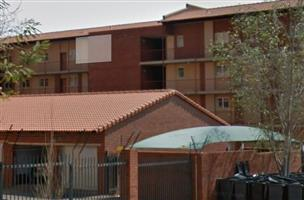 Lynnwood flat in secure and well maintained block
