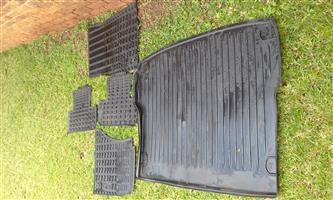 Audi Q5 Rubber mats