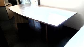 Boardroom table 8/10 seater coimbra