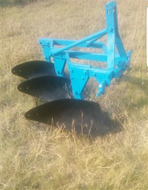 Blue U Make 3 Skaar Raam Ploeg/Plough Pre-Owned Implement
