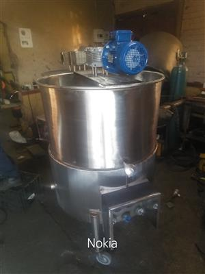 New oil jacketed cooking pots, heating/mixing tanks for sale