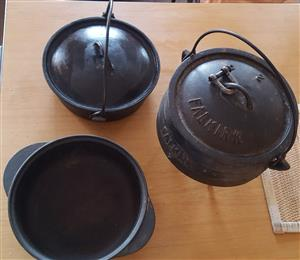 Falkirk Pot with Lid and 2 Pans - 1 lid