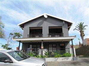 3 Bedroom House plus more for sale in Hibberdene – LV014