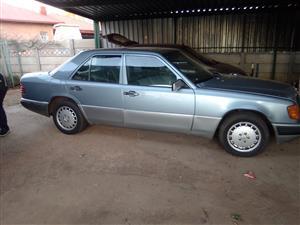 1992 Mercedes Benz 200E