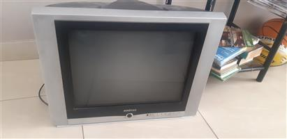 54Cm Flat Tube TV for Sale Excellent Condition - R650