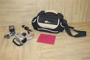 Sony video camera / handy cam DCR-SR68E