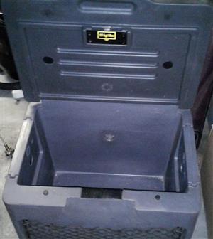 10 KG Cooler box for sale