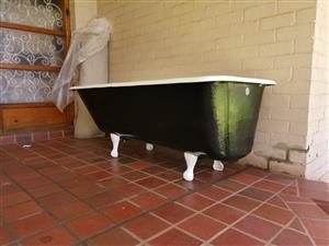 Refurbished Cast Iron Bath