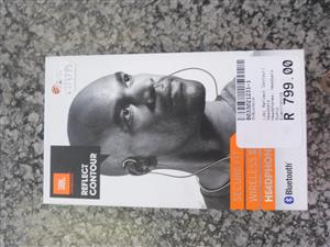 JBL Reflect Contour Bluetooth Earphones