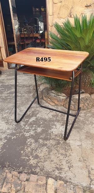 High Vintage School Desk (910x600x1000)