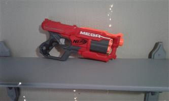 Nerf elite Mega series red Cycloneshock