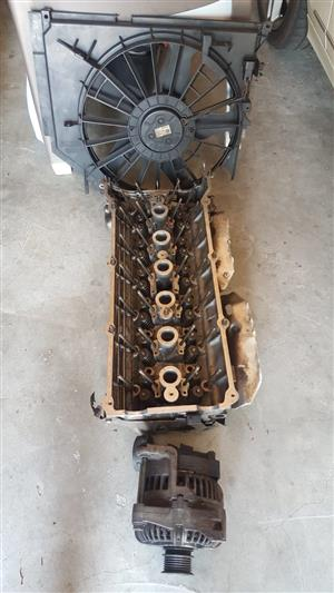 BMW 330i M54 Cylinder Head (Double Vanos), Alternator, Starter, Electric Fan for Sale in Honeydew