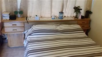 Queensize bedroom set