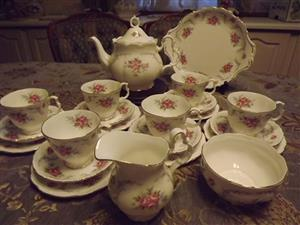 Royal Albert Tranquility tea set 23 pieces