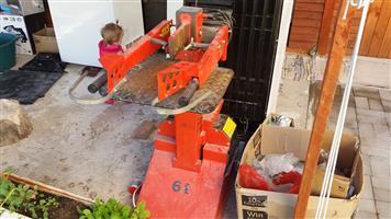 6 Ton Hydraulic Log Splitter