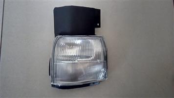 NISSAN FACELIFT UD60/ UD90 BRAND NEW PARKLIGHTS FOR SALE R750 EACH