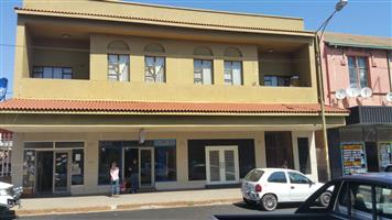 2 Bedroom flat to-let in Krugersdorp CBD close to Town Hall available immediately