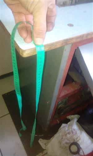 Guillotine sheet metal cutter or material