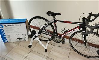 Merida Road bike and indoor trainer cyclotron