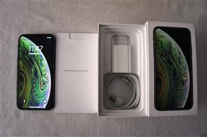 iPhone Xs 64GB - Space Grey