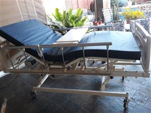 MOBILE ELECTRICAL HOSPITAL BED FOR HOME CARE