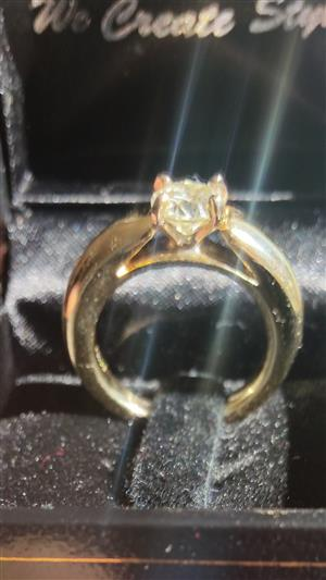 14ct Gold ring, with 1ctct Diamond for sale