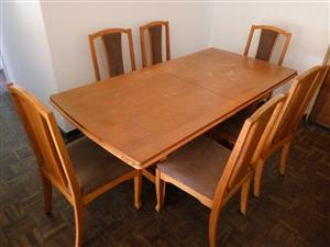 7 pcs Dining room suite for sale