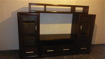 WALL UNIT EXCELLENT CONDITION, CAN BE USED COMPLETE AS A ONE PIECE OR SPLIT UP