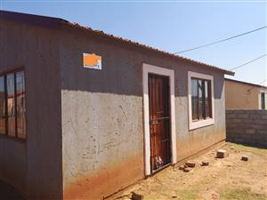 House for sale at Kanana Park ext 3