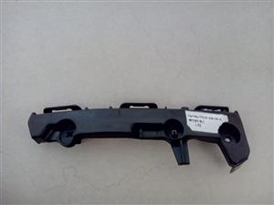 TOYOTA HILUX 2012/15 BRAND NEW FRONT BUMPER SLIDE FOR SALE R95 EACH