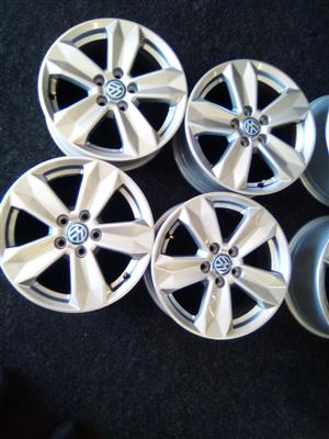 15 inch Vw mags with 5x100 pcd to fit on a Vw polo vivo and TSI R4000.