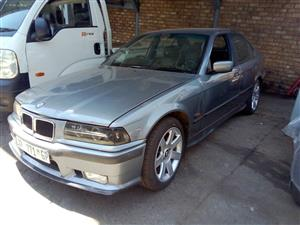 BMW E36 325I STRIPPING NOW!
