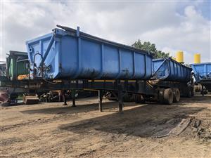 Interlink side tipper trailer for sale.