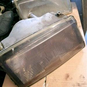 uno headlights right side only