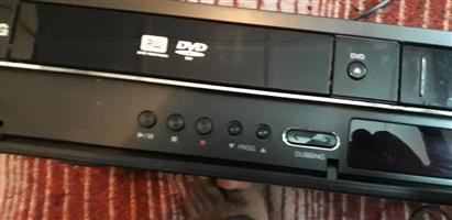 LG DVD Video recorder combo video recorder works 100%(never used). DVD recorder needs repairs (sensor to be replaced)