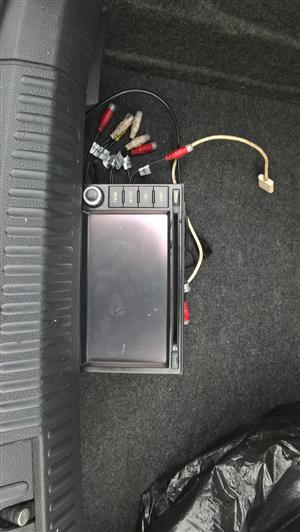 A CAR RADIO