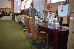 Emboya desk with 2 light brown leather chairs