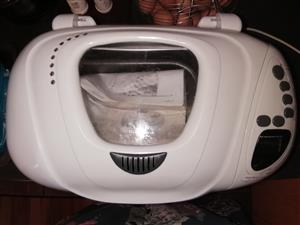Westpoint Bread Maker EXcellent condition
