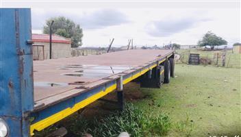 Tri Axle trailer for sale