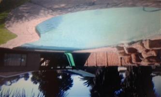 Groot Huis met Burger erf te koop in Booysens Pretoria