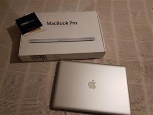 """Macbook Pro i7 2.2GHZ 15"""" 4GB  500GB (2011)"""