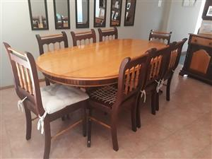 8 seater Imbuia and yellow wood dinning table