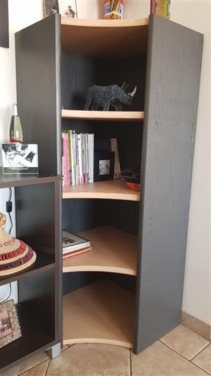 Bookshelve Famous Modular Design