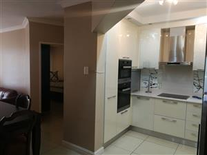 Modern fully furnished apartment in Illovo Beach – R14 000