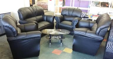 Bargain !! Brand New 4 Piece Lounge Suite