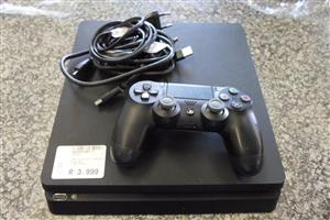 500GB Playstation 4