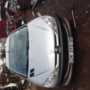 Stripping Peugeot 206 X-Line 1.4l 2006 for Spares